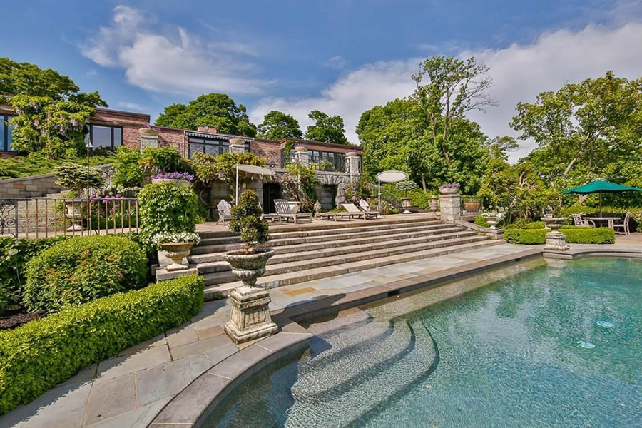Five Massachusetts Homes for Sale with Sensational Swimming Pools