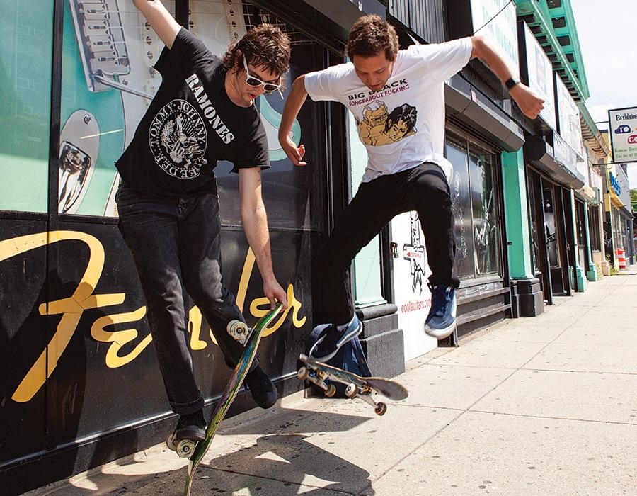 Mit sixpack boy skater LS 2011: