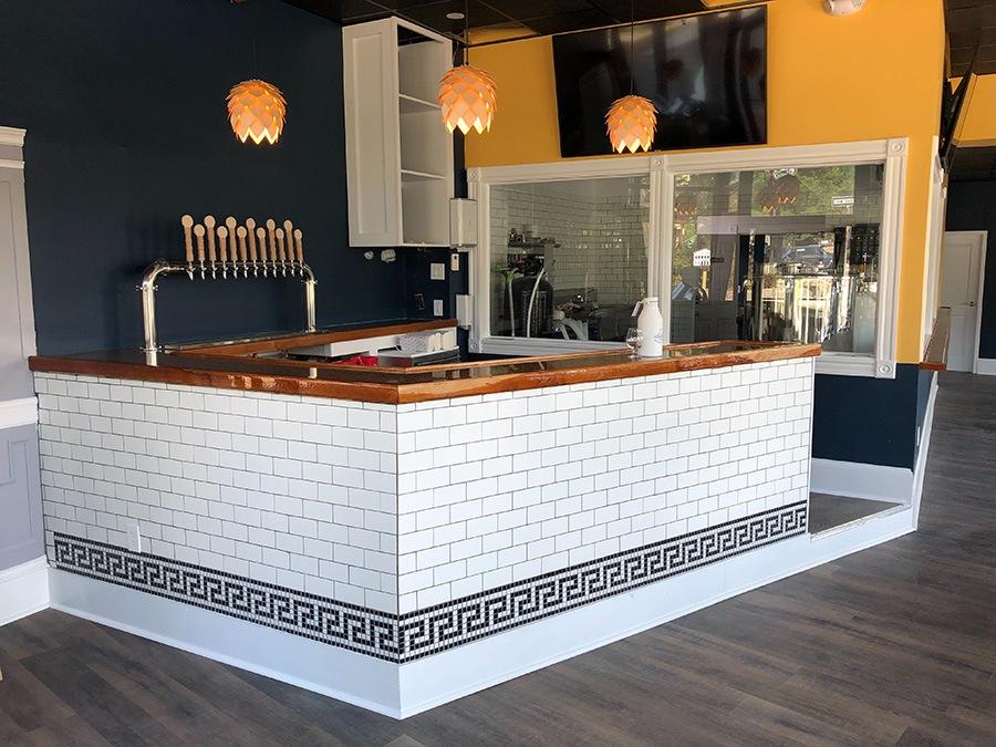 Distraction Brewing Company bar