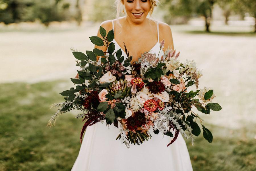 hoa cưới mùa thu