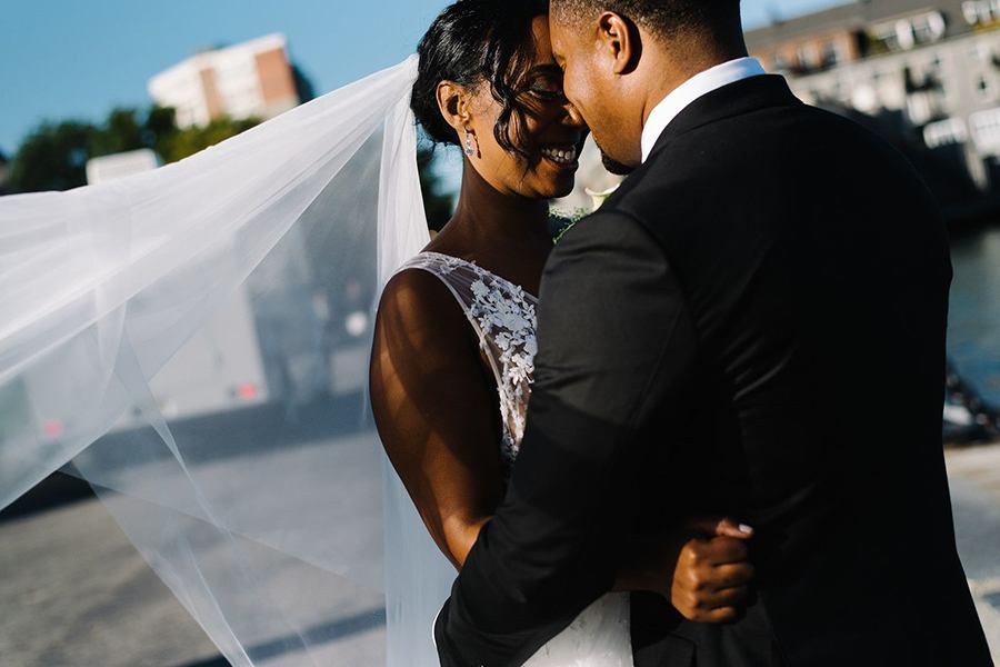 cyclorama-bride-groom
