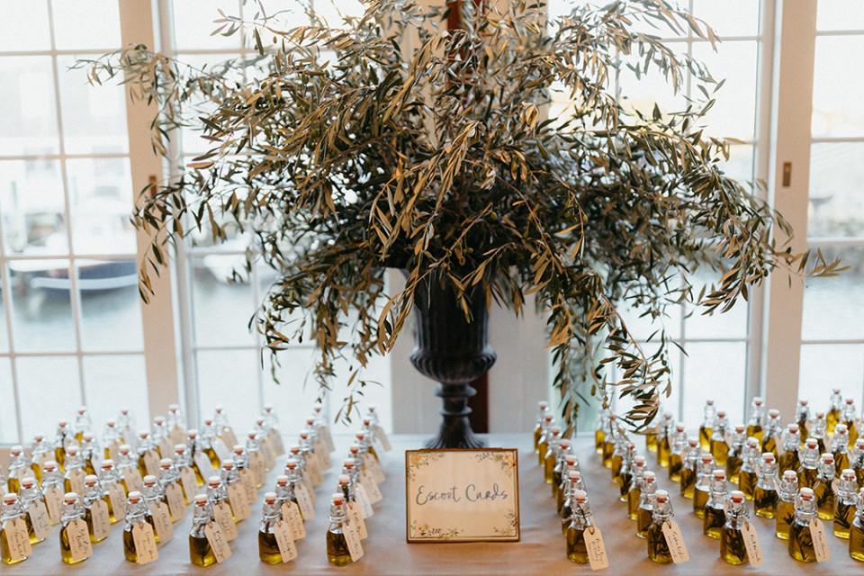 wedding favors olive oil