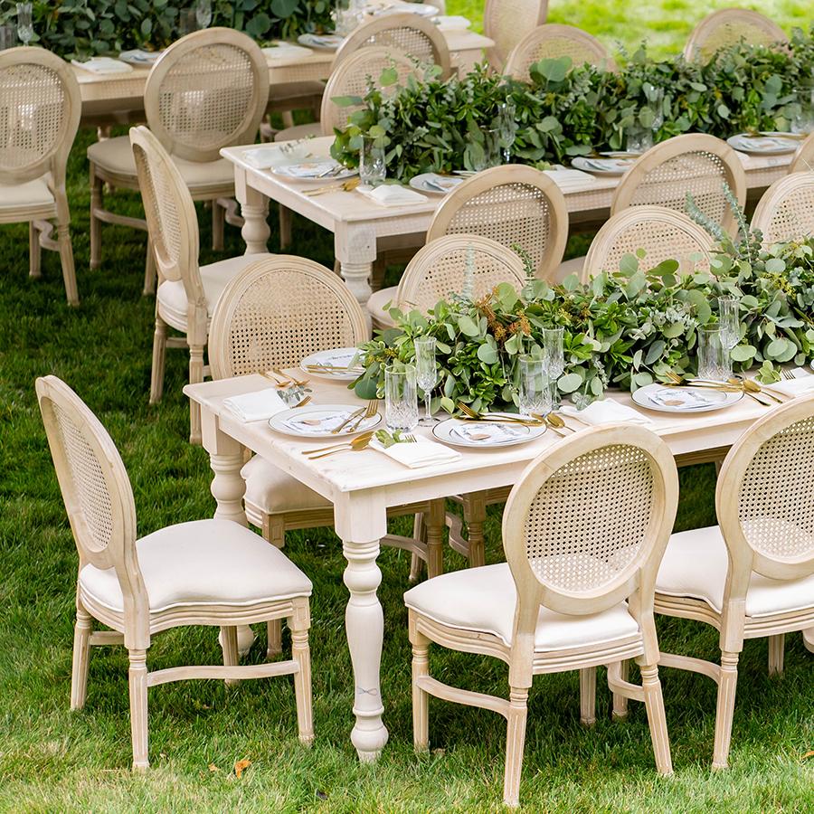 emily-ryan-tables