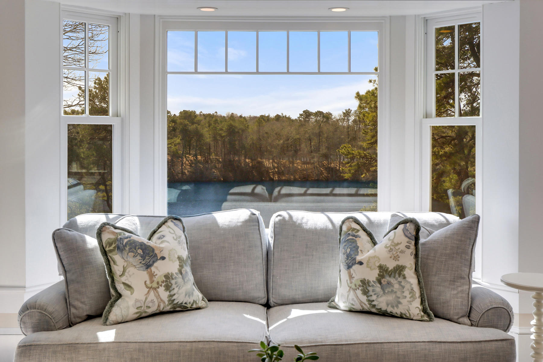 Osterville Cape couch