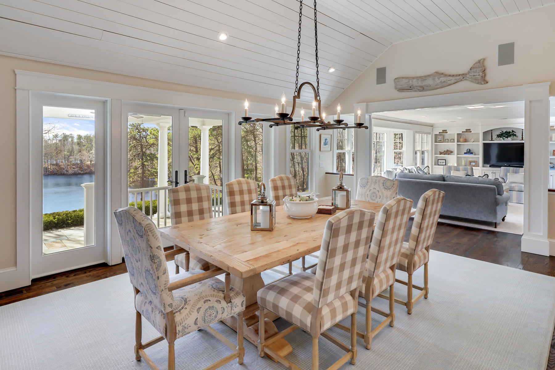 Osterville Cape dining room