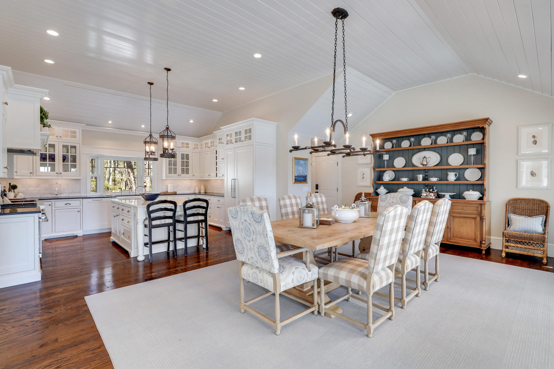 Osterville Cape dining