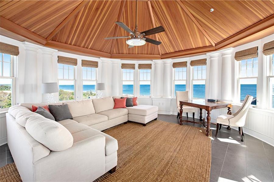 rhode island hotel suite 3