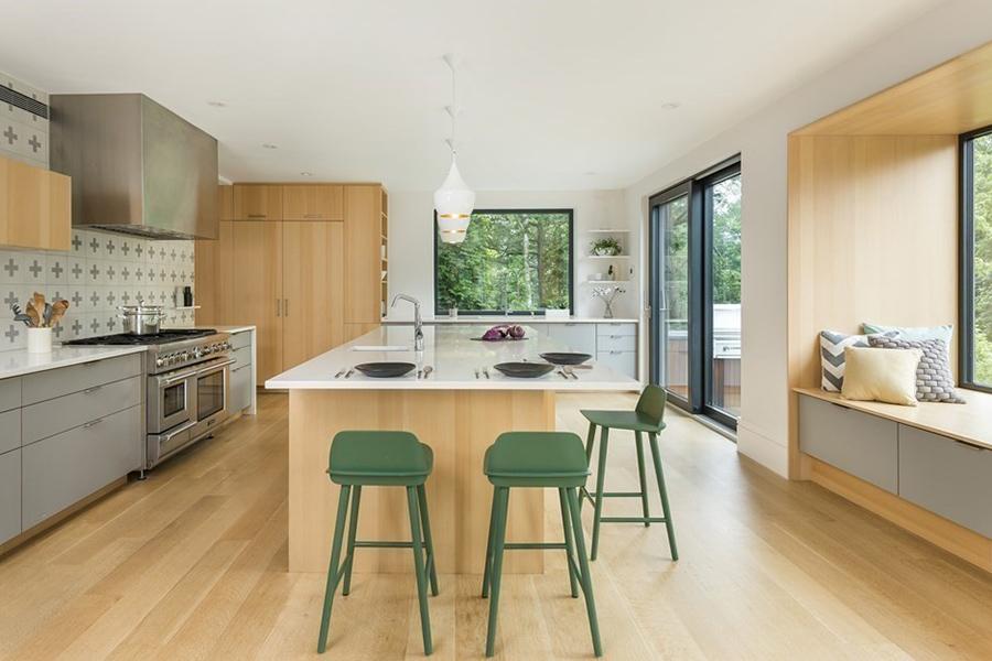 sleek brookline home 5