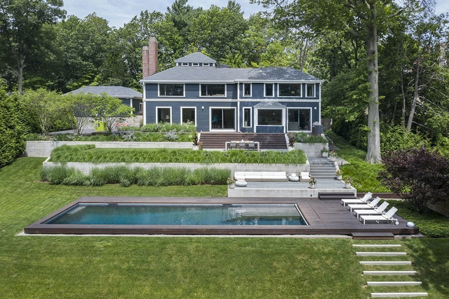 sleek brookline home
