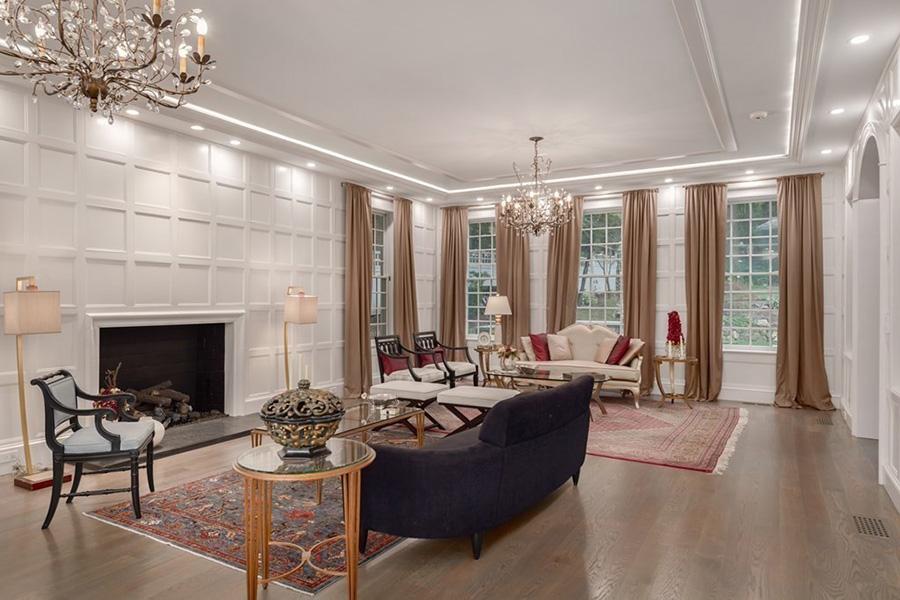 Georgian Brookline mansion 5