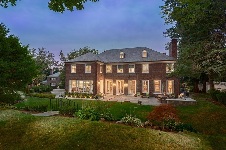 Georgian Brookline mansion 9