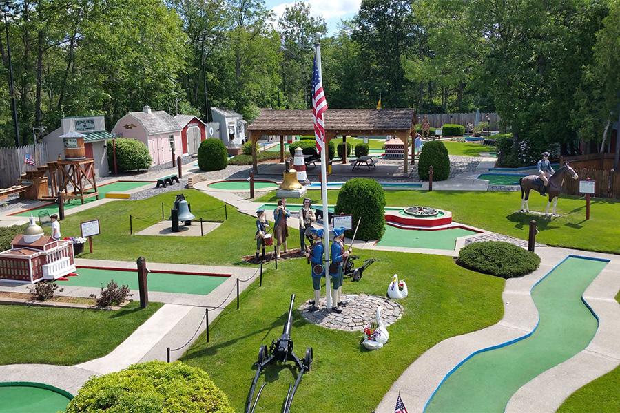 golf on the village green mini golf