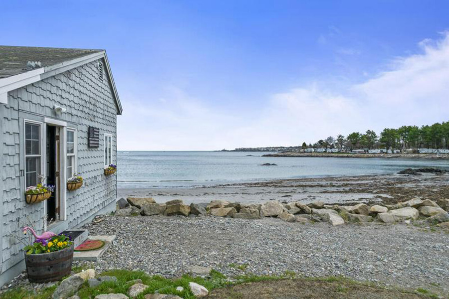 maine beach house 1