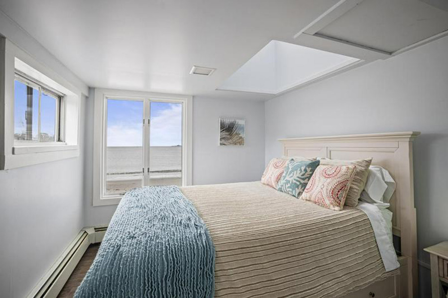 maine beach house 10