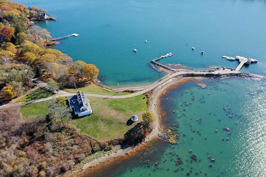 maine island farmhouse 1