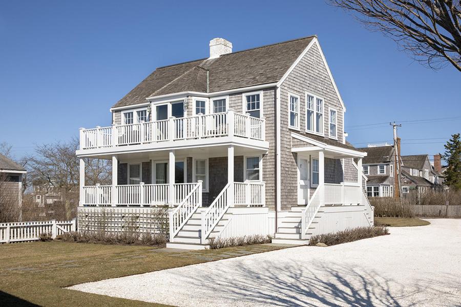 nantucket harbor house 10
