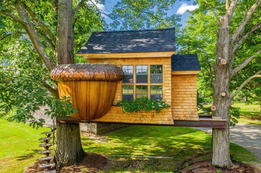 vermont acorn treehouse