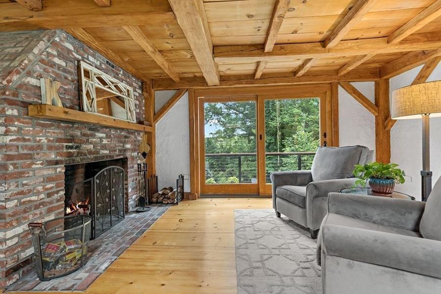 Norwell Log House 5