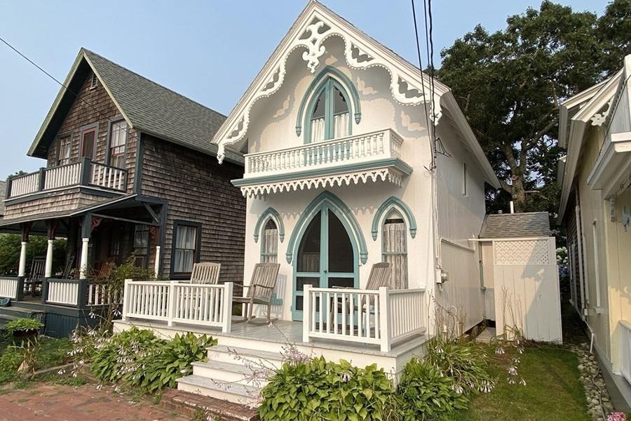 gingerbread cottage 1