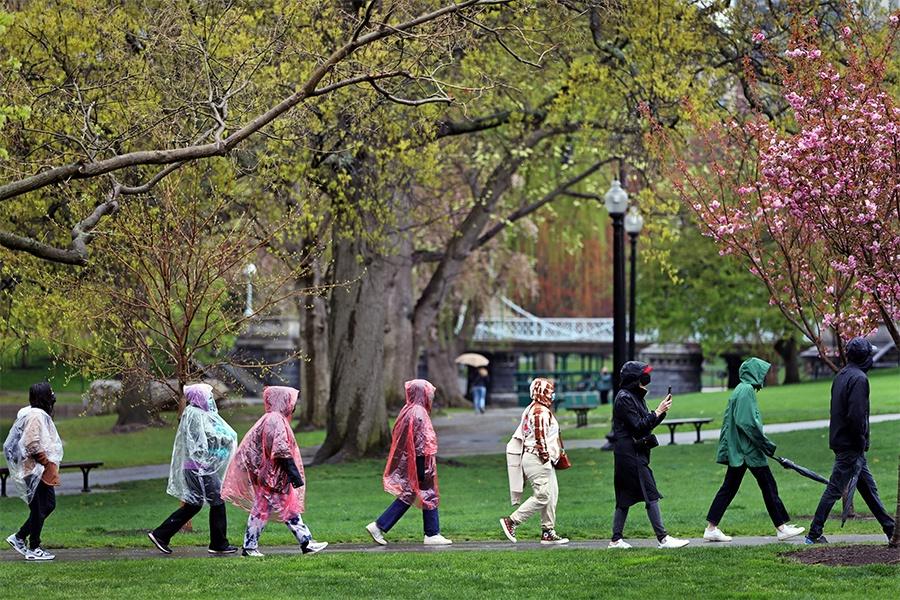 boston tour group in rain