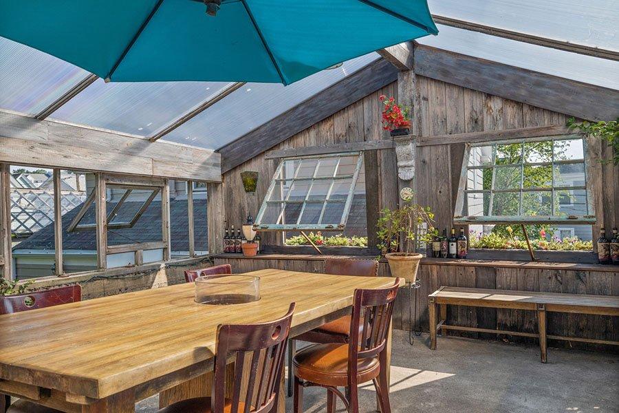 quincy greenhouse 12